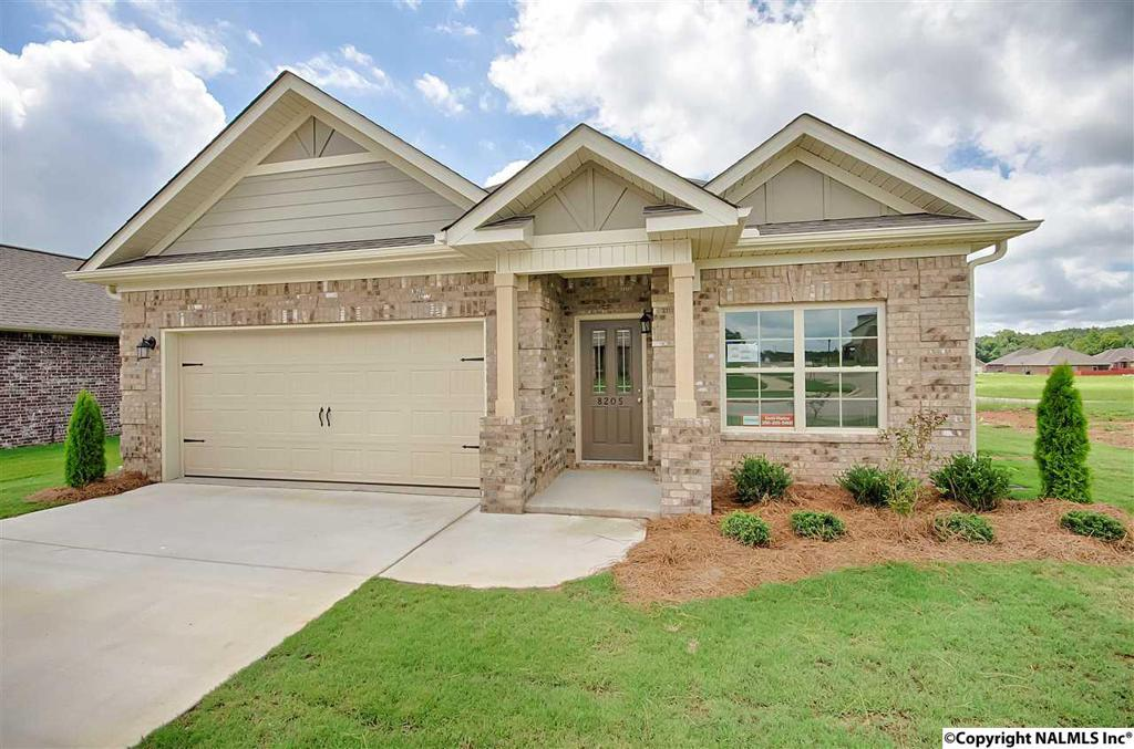 Photo of home for sale at Ashor Drive, Huntsville AL