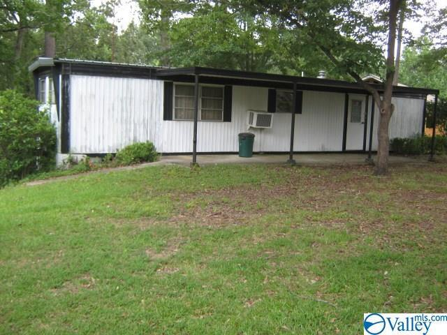 Photo of home for sale at 204 County Road 321, Cullman AL