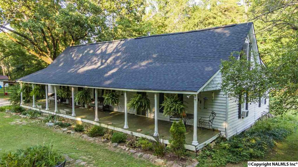 Photo of home for sale at Scenic Highway 89, Mentone AL