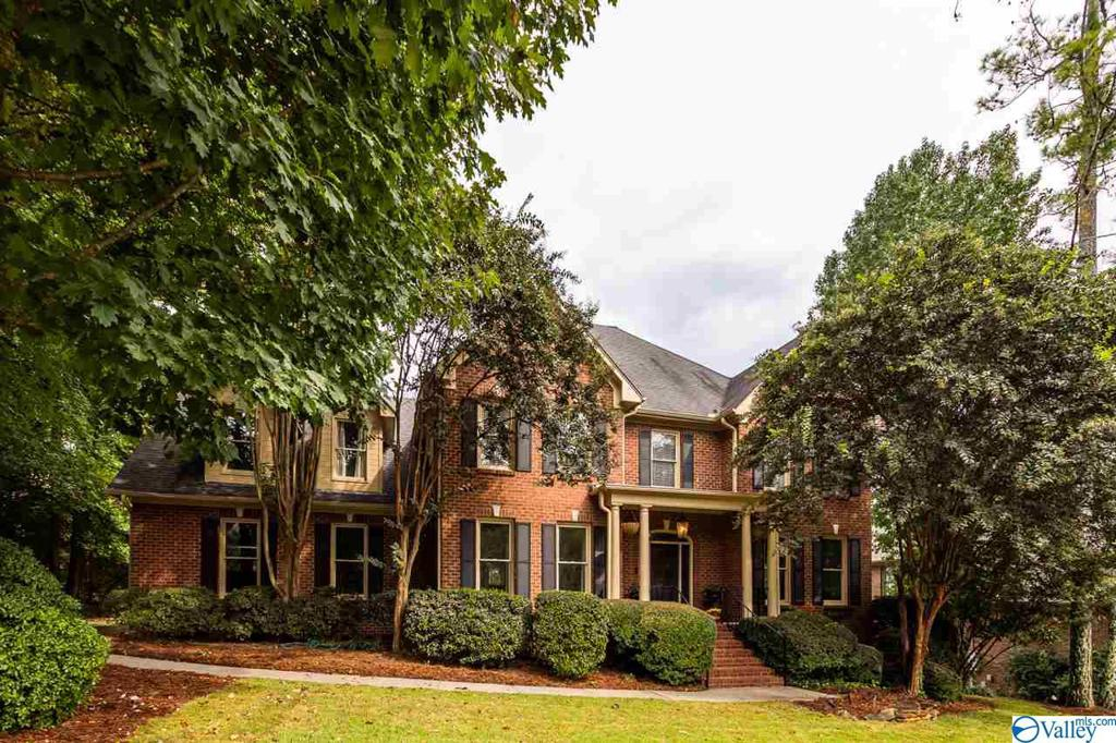Photo of home for sale at 2896 Hampton Cove Way, Owens Cross Roads AL