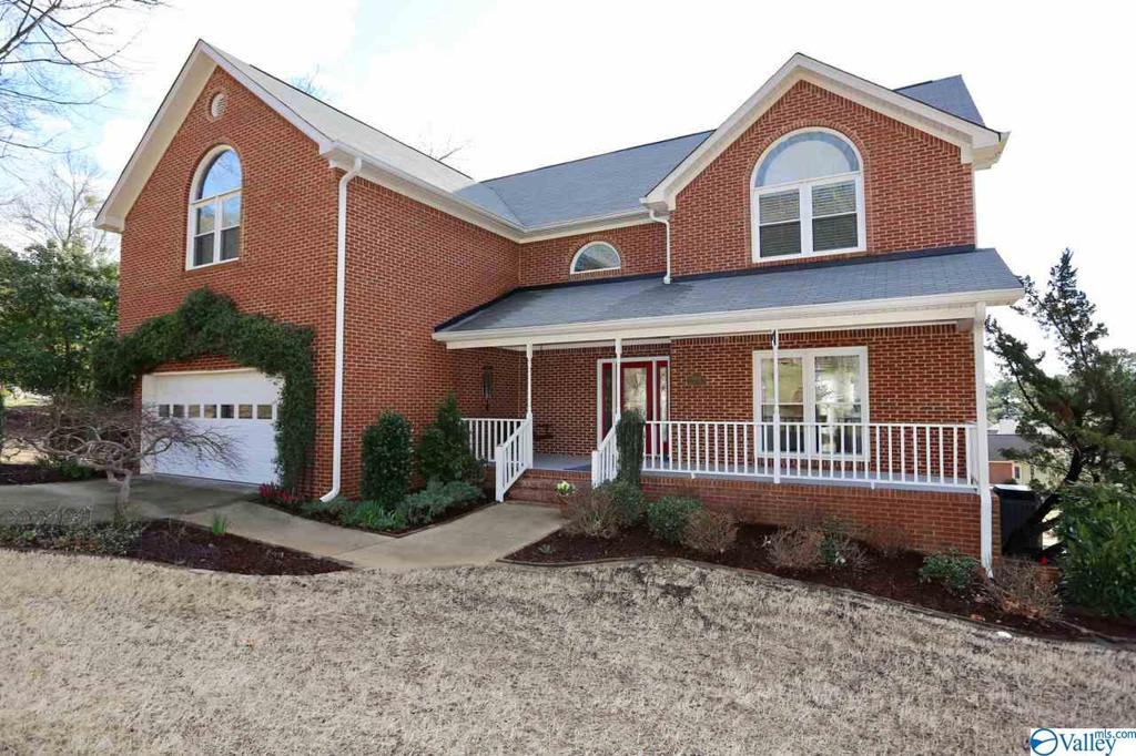 Photo of home for sale at 15016 Leafmore Drive SE, Huntsville AL