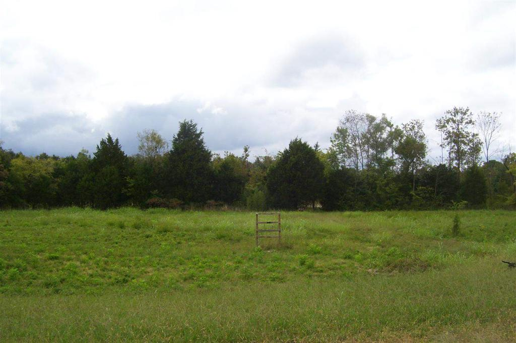 Photo of home for sale at Woodville W, Woodville AL