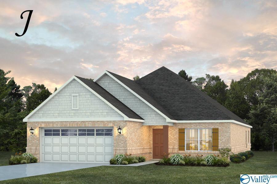 Photo of home for sale at 2539 Celia Court, Huntsville AL