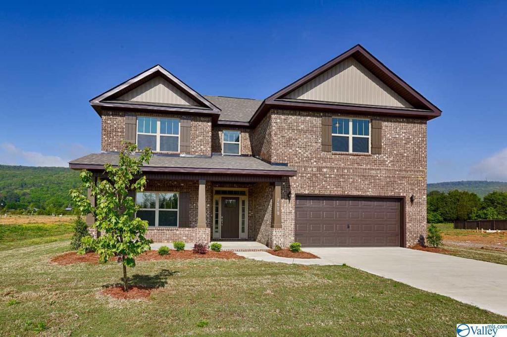Photo of home for sale at 16331 Trestle Street, Huntsville AL