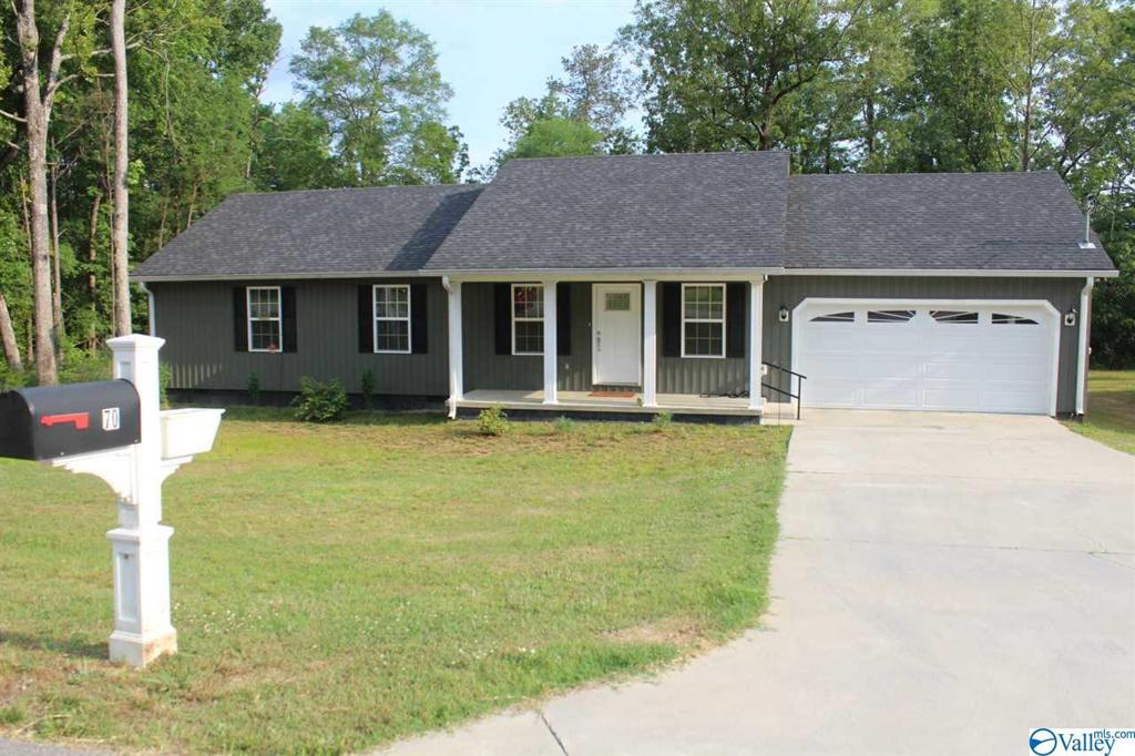Photo of home for sale at 70 Quail Drive, Centre AL
