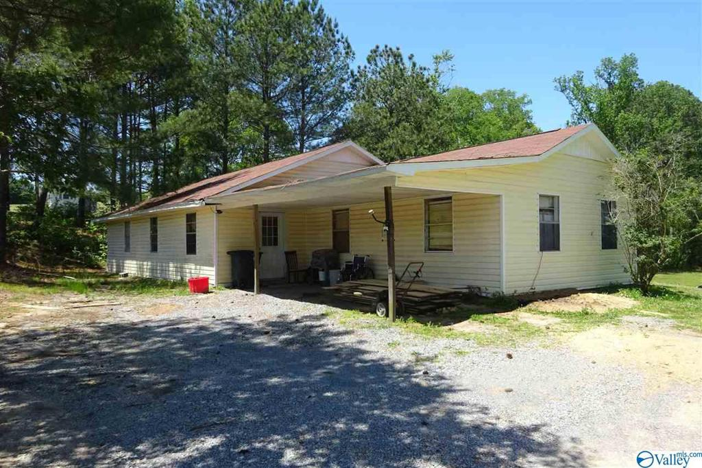 Photo of home for sale at 16645 Alabama Highway 69, Joppa AL