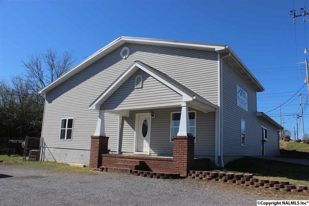Photo of home for sale at East Main Street, Albertville AL