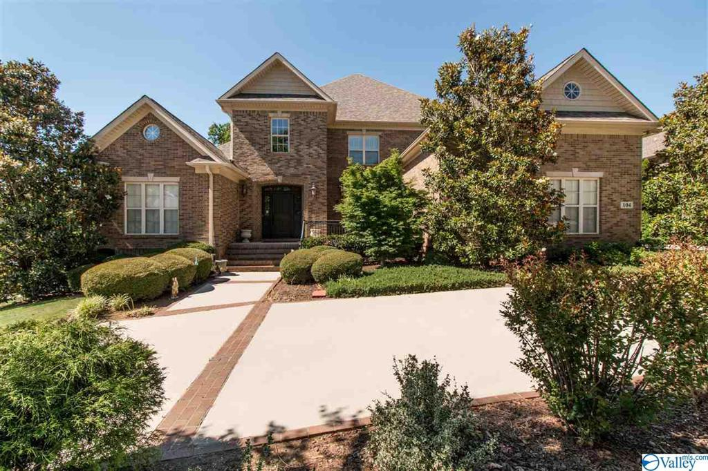 Photo of home for sale at 104 Cliftmere Place, Madison AL