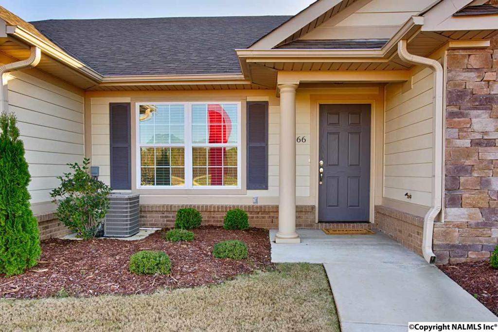 Photo of home for sale at Moore Farm Circle NW, Huntsville AL