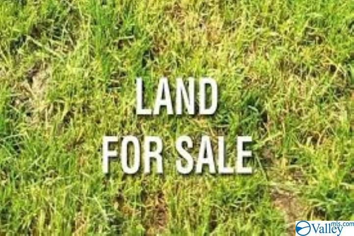 Photo of home for sale at 0 Doc Gaskin Road, Boaz AL