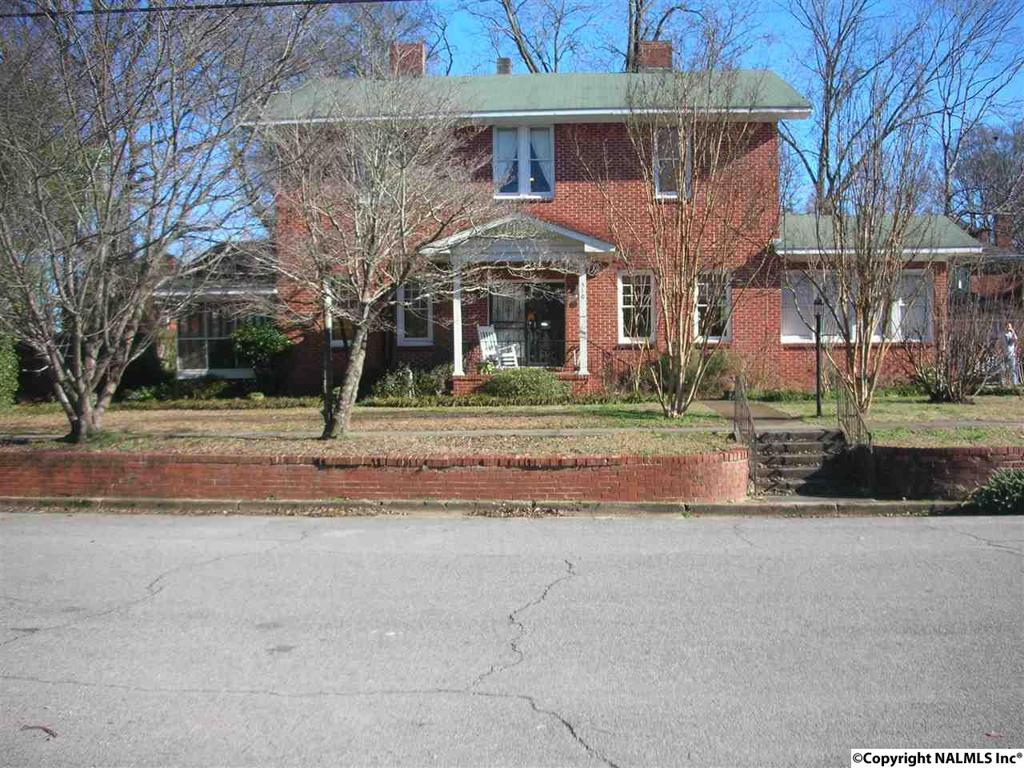 Photo of home for sale at Haralson Avenue, Gadsden AL