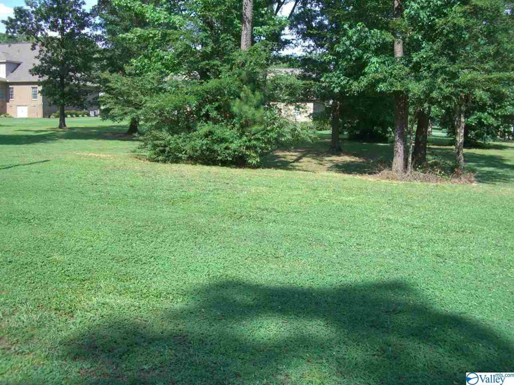 Photo of home for sale at lot 20 Wisteria Way, Scottsboro AL