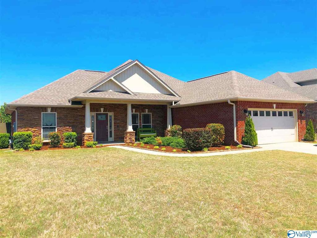 Photo of home for sale at 110 Woodvale Drive, Madison AL