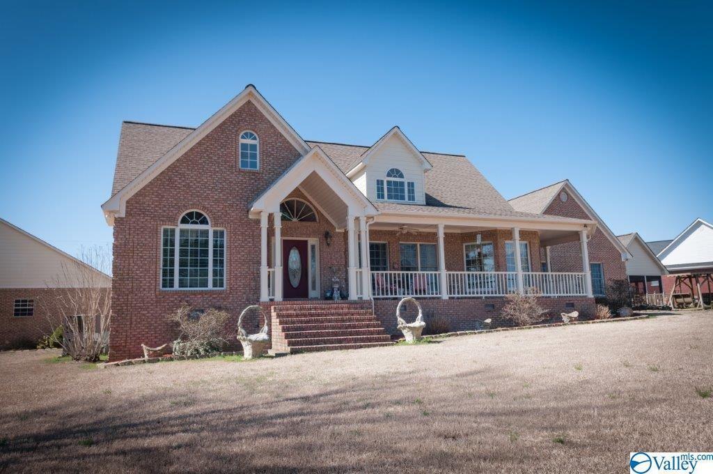 Photo of home for sale at 61 Ora Street, Boaz AL