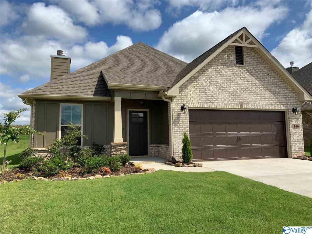 Photo of home for sale at 146 Elledge Farm Drive, Hazel Green AL
