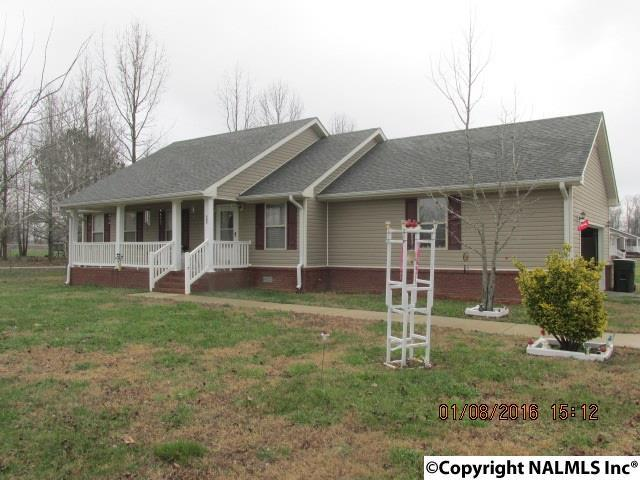 Photo of home for sale at Coggins Road, Ardmore AL