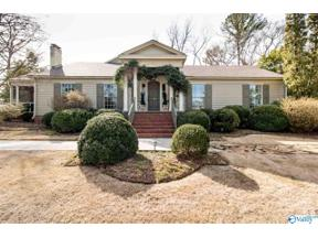 Property for sale at 310 WHITE CIRCLE, Huntsville,  Alabama 35801