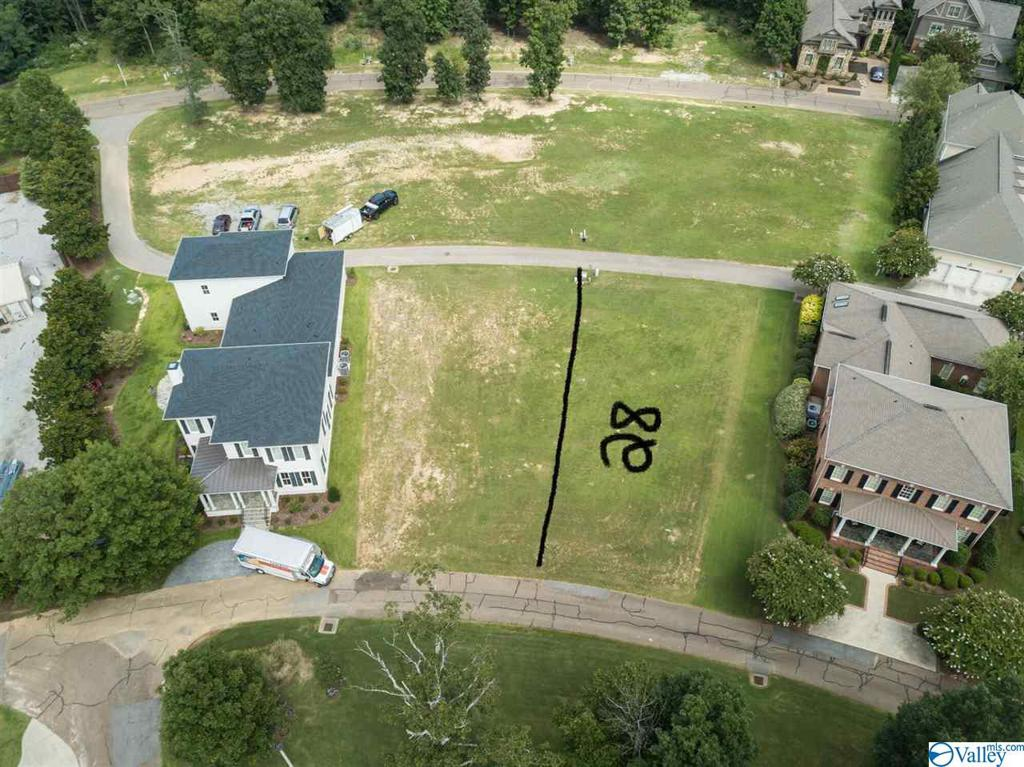 Photo of home for sale at 9 Royal Troon Drive, Huntsville AL