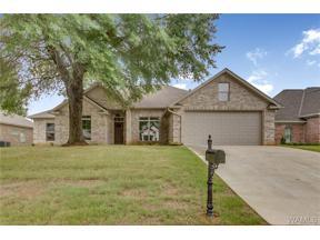 Property for sale at 12490 Orchard Trace, Moundville,  Alabama 35474
