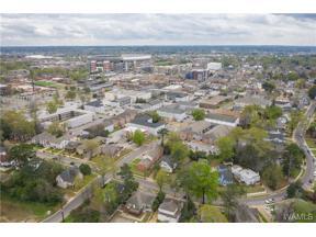 Property for sale at 1409 Caplewood Drive, Tuscaloosa,  Alabama 35401