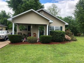 Property for sale at 1540 33rd Avenue, Tuscaloosa,  Alabama 35401