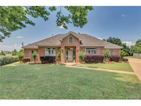 Property for sale at 876 Amberwood Drive, Tuscaloosa,  AL 35405