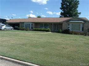 Property for sale at 33 Wood Manor, Tuscaloosa,  Alabama 35401
