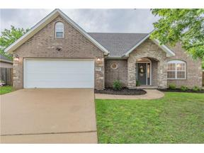 Property for sale at 5703 Stoney Creek Drive, Rogers,  Arkansas 72758