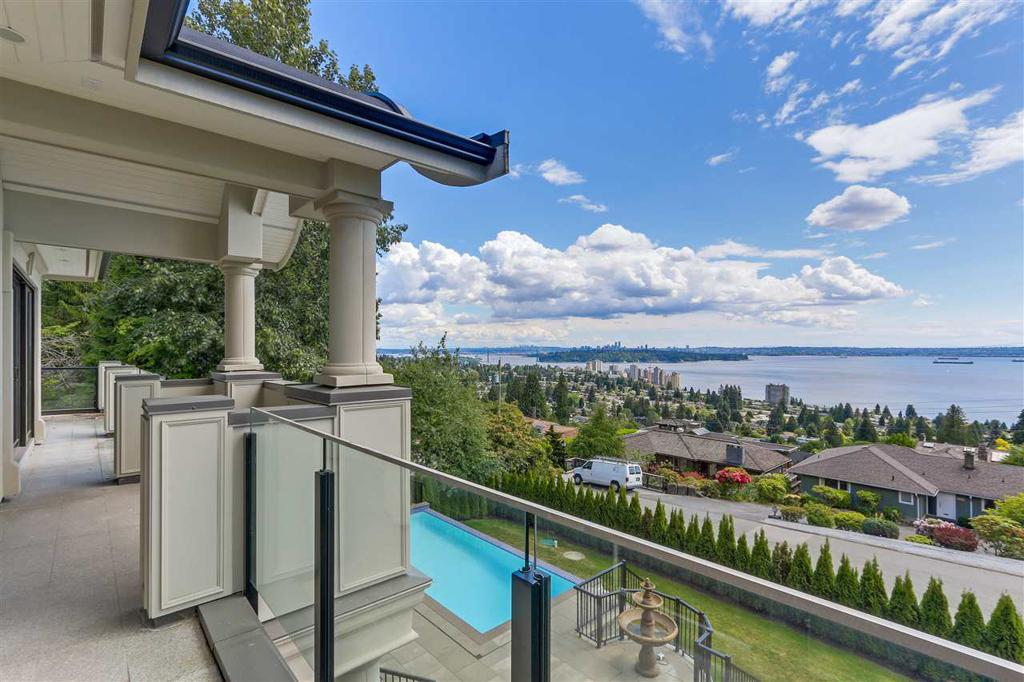 Photo of home for sale at 2551 QUEENS, West Vancouver BC