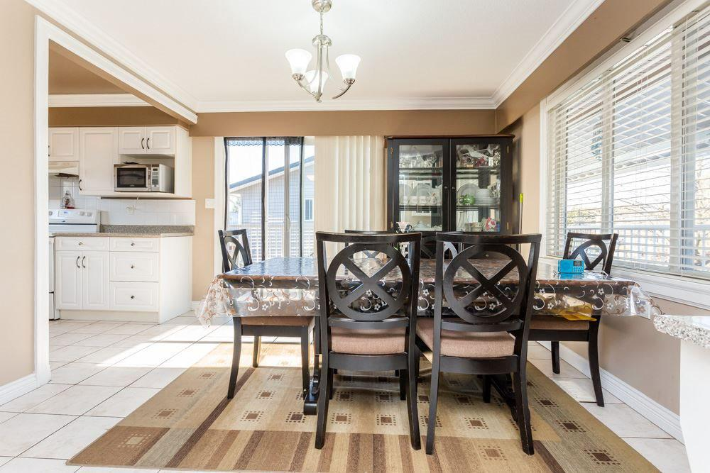 Photo of home for sale at 10680 ANGLESEA, Richmond BC