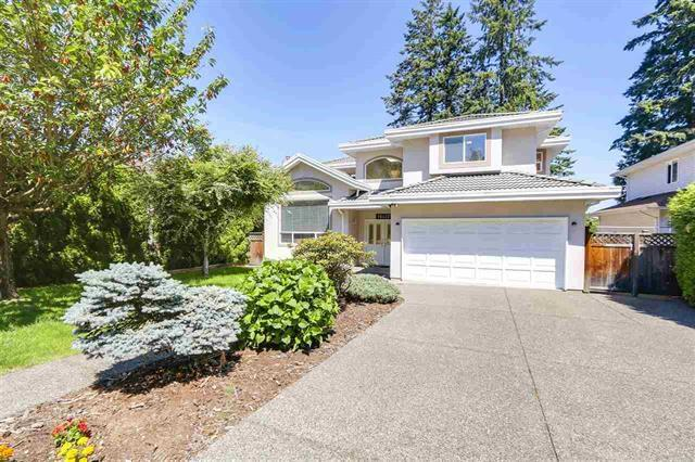 Photo of home for sale at 15427 28, Surrey BC