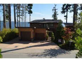 Property for sale at 6081 SILVERSTONE Lane, Sechelt,  British Columbia V0N 3A7