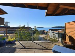 Property for sale at 5370 WAKEFIELD BEACH Lane, Sechelt,  British Columbia V0N 3A8