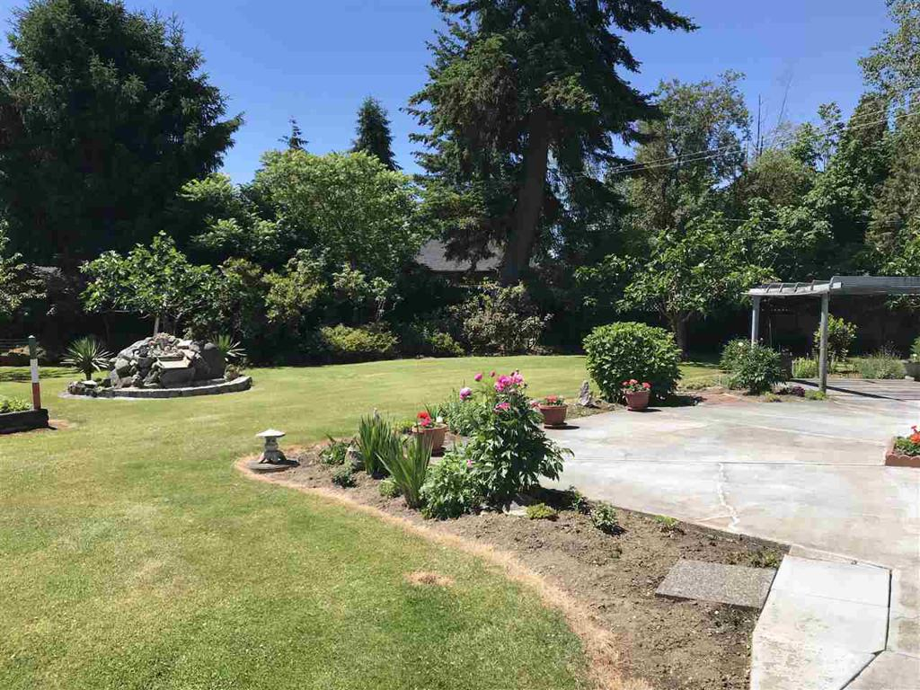 Photo of home for sale at 16620 20, Surrey BC