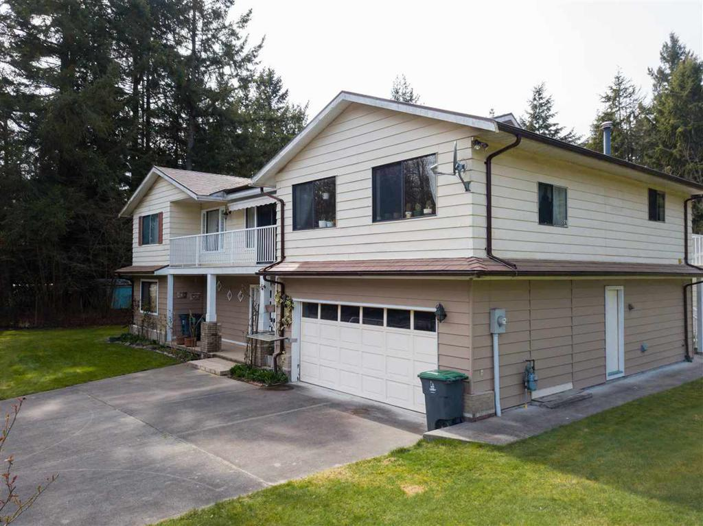 Photo of home for sale at 13583 24, Surrey BC