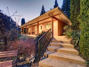 Property for sale at 899 JOE Road, Roberts Creek,  British Columbia V0N 2W6