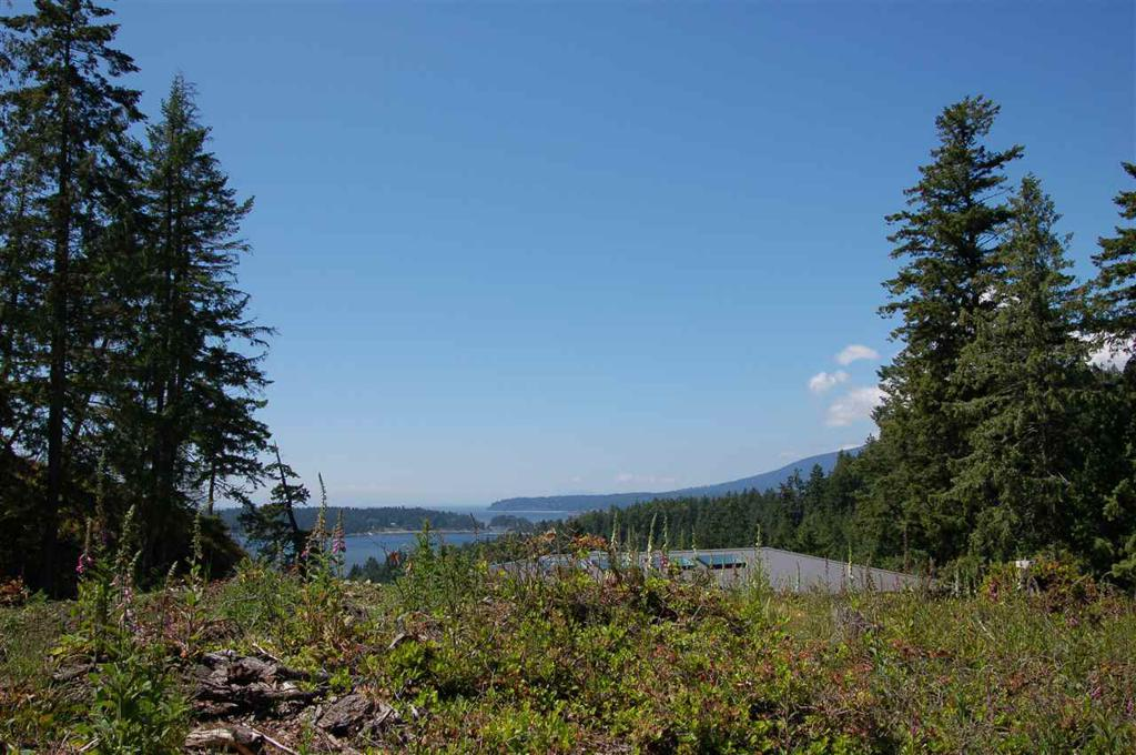 Photo of home for sale at 1620 EVERGREEN, Bowen Island BC