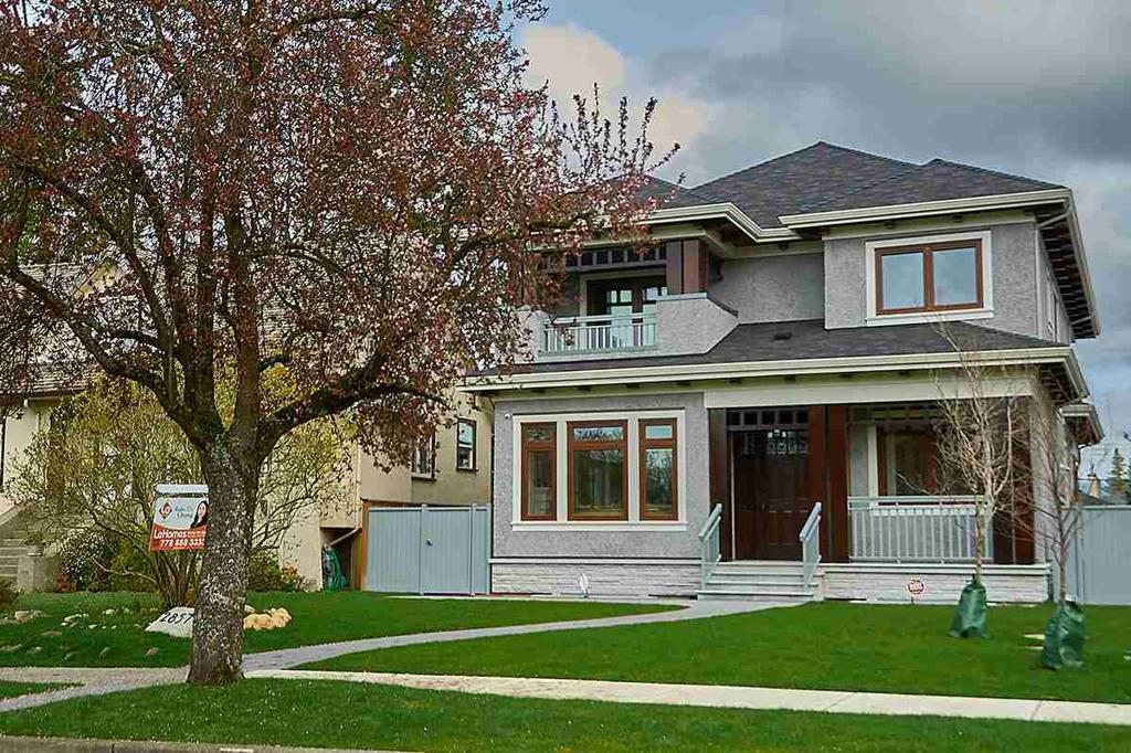 Photo of home for sale at 2857 32ND W, Vancouver BC