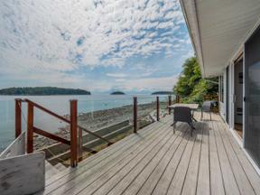 Property for sale at 6243 SUNSHINE COAST Highway, Sechelt,  British Columbia V0N 3A7