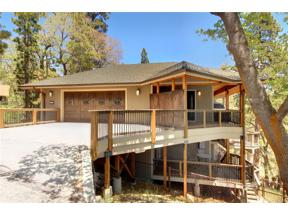 Property for sale at 1007 Fawnskin Drive, Fawnskin,  CA 92333