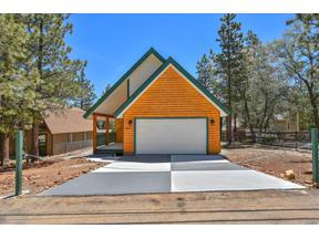 Property for sale at 433 Imperial Avenue, Sugarloaf,  CA 92386