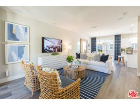 Property for sale at 4390 Paxton PL, Calabasas,  California 91302