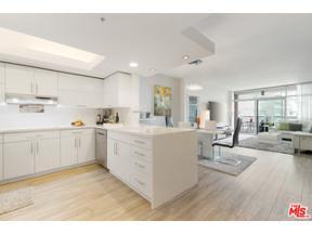 Property for sale at 13700 Marina Pointe Dr # 725, Marina Del Rey,  California 90292