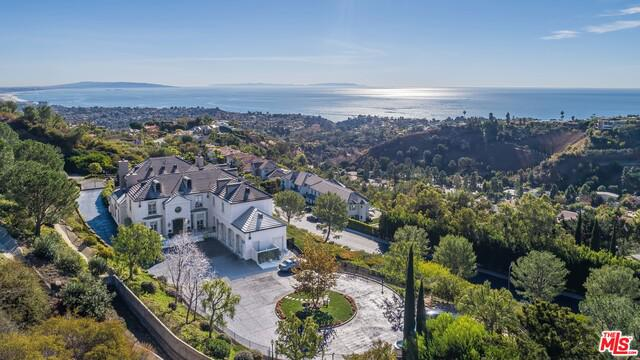 16375 Shadow Mountain Dr Pacific Palisades CA 90272
