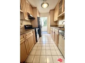 Property for sale at 5330 Zelzah AVE # 4, Encino,  California 91316