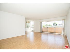 Property for sale at 5454 Zelzah Ave # 209, Encino,  California 91316