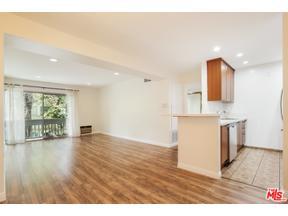 Property for sale at 18620 Hatteras St # 283, Tarzana,  California 91356