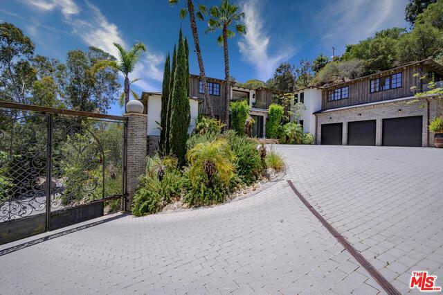 1105 Rivas Canyon Rd Pacific Palisades CA 90272