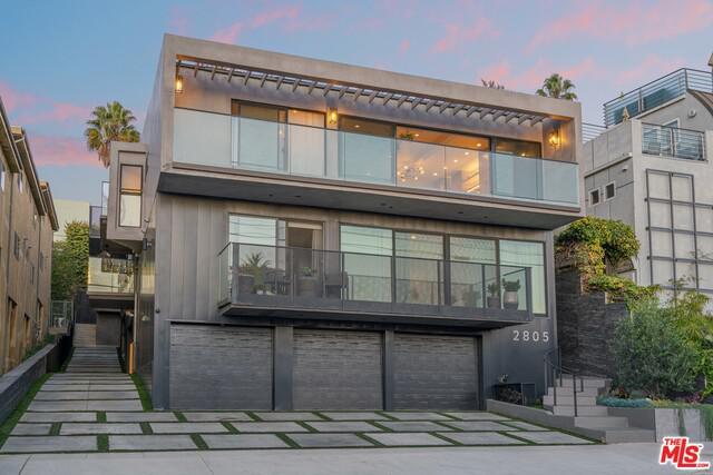 2805 3Rd St Santa Monica CA 90405