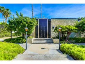 Property for sale at 350 W Via Lola, Palm Springs,  California 92262
